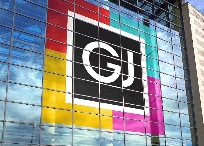 8 meter high logo for a shopping mall in outdoor use on glass facade